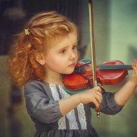 Скрипачка Злата :: Фотохудожник Наталья Смирнова