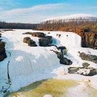 Водопад на реке Дулисмар :: Сергей Курников