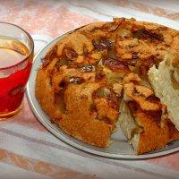 А мы тут яблочным пирогом балуемся... :-) :: Андрей Заломленков