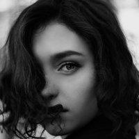 Все начинается со взгляда :: Виолетта Костырина