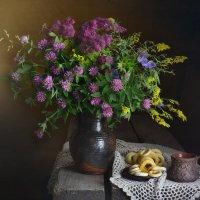 Вечерний чай с сушками и ароматом полевых!! :: Ида Слизких