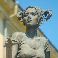 """скульптурная композиция — """" студентка с рожью"""". :: Руслан Васьков"""
