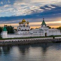 Вечер в Костроме :: Алекс Римский