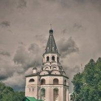 Распятская церковь-колокольня :: anderson2706