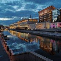 Вечерняя Москва :: Александр