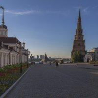 Вид на башню Сююмбике. :: Анатолий Грачев