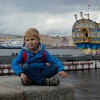 Прогулки по городу :: Наталья Левина