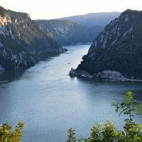 Железные ворота Дуная. :: Nina Streapan