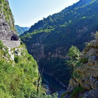 Каньон реки Морача :: Nina Streapan
