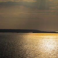 Вид с берега Кырныша вечером :: Сергей Говорков