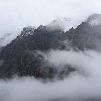 Дырка в облаках :: Валерий Михмель