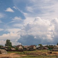 Деревушка, деревня...и красивое небо!) :: Владимир Васильев
