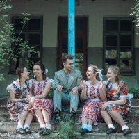 Потому что на 10 девчонок,по стаитстике 9 ребят :: Юлия Давыдова