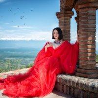 Королева Алазанской долины :: Galina Zabruskova