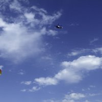 Прилетит вдруг волшебник В голубом вертолете :: Yuri Chudnovetz