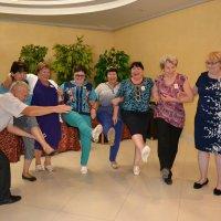 Одноклассники...Встреча на танцах,почти как сорок лет назад... :: Хлопонин Андрей Хлопонин Андрей