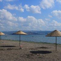 Пляж на Мраморном море. :: веселов михаил