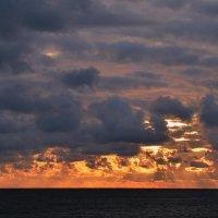 суровое небо балтики :: Игорь Овчинников