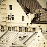 Леса и крест.. :: Андрей Головкин