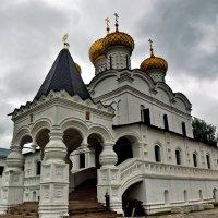 Кострома. Троицкий собор - колыбель династии Романовых. :: Надя Кушнир