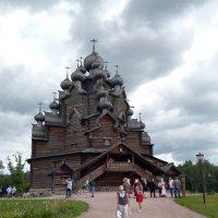 В усадьбе Богословка. (В 5 км. от Санкт-Петербурга). :: Светлана Калмыкова