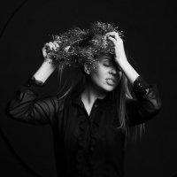Страстный студийный портрет с венком :: Валерия Васильева