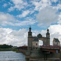 Мост королевы Луизы. :: Геннадий Порохов