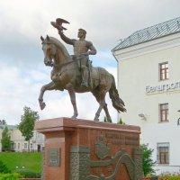 Памятник Ольгерду (Альгерду) Витебск :: Вера Щукина