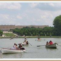 Катание на лодках по Большому каналу  Версаля. :: Валентин Соколов