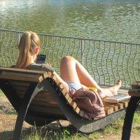Ну какой отдых без смартфона... :: Александр Скамо