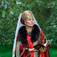 Боярыня :: Ирина Кулага