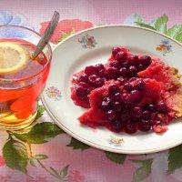 Про чай с десертом из вишни дикой.. :: Андрей Заломленков
