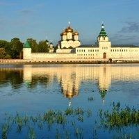 Лето в Костроме :: Леонид Иванчук