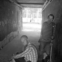 in the middle of the tunnel :: Бармалей ин юэй