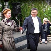 дамы приглашают кавалеров :: Олег Лукьянов