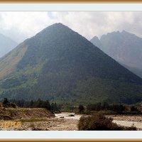 Долина реки Урух, Дигория сентябрь 1998 года :: Валентин Соколов