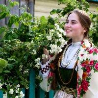 В саду :: Александр Силинский