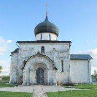 Геогиевский собор в Юрьев-Польском. :: Ирина Нафаня