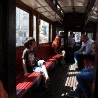 В старом трамвае... :: Любовь С.