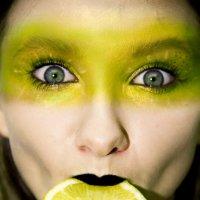 лимонная девочка :: Оля Минакова