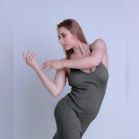 Модельные тесты, девушка в зеленом платье :: Ксения OKDMUSE