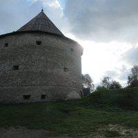 Башня крепости в Старой Ладоге :: Татьяна Гусева