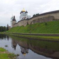 Псковский Кремль :: Евгений Седов