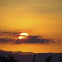 В сто сорок солнц закат пылал... :: Андрей Иванович (Aivanovich-2009)