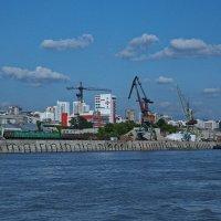 ТРУДОВЫЕ БУДНИ НА ОБИ. В Новосибирске. :: Виталий Половинко