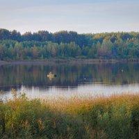 Вечер на озере :: Владимир Рязанов