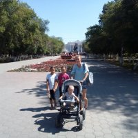 Карагандинцы...Новый день города... :: Андрей Хлопонин