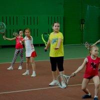 Юные тенисистки :: Валерий