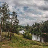 Тропинка вдоль реки :: Сергей Коростелев