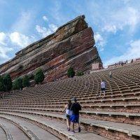 Амфитеатр в Красных Скалах (Red Rocks). Вид на правую сторону. :: Юрий Поляков